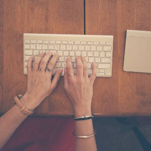 blog topics for book bloggers