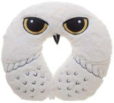 holiday gift guide for readers neckpillow hedwig